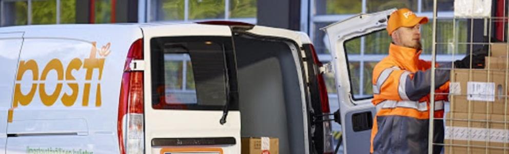 posti group man unloading